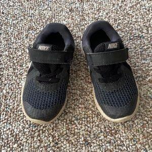 Toddler boy Nike tennis shoes!
